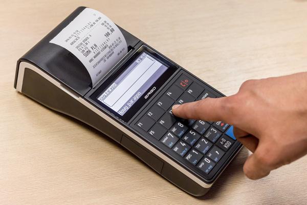 Kasa fiskalna Posnet Ergo - 2 obszerne ekrany i klawisze programowalne